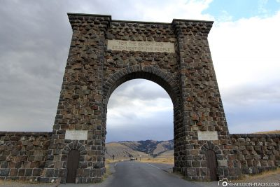 The Roosevelt Arch at the northern entrance