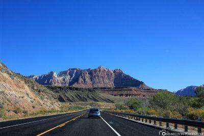 Der State Highway 9