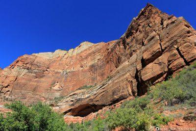 Der Weeping Rock Trail