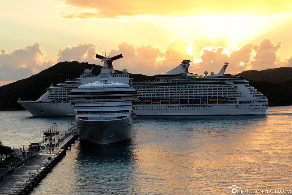 Departure of Cruise Ships, Saint Thomas, Island Tour, U.S. Vigin Islands, Caribbean, Carnival Cruise, Travel Report