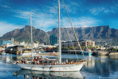 View from the Waterfront to Table Mountain