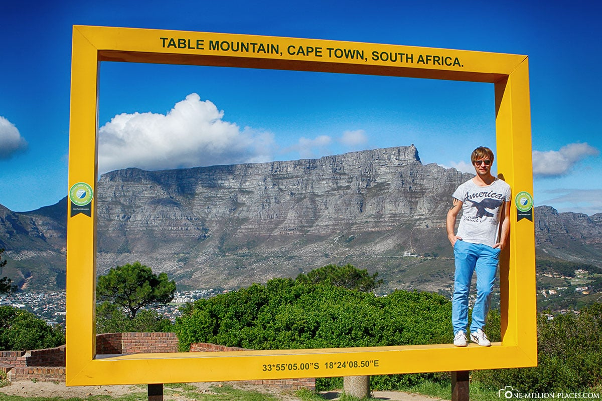 Yellow Photo Frame, Signal Hill, Cape Town, Table Mountain, South Africa, Travelreport
