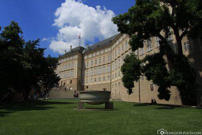 Alter Königspalast