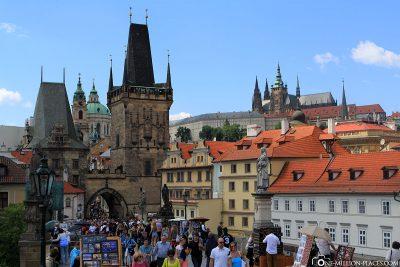 Das Stadtviertel Kleinseite mit der Prager Burg