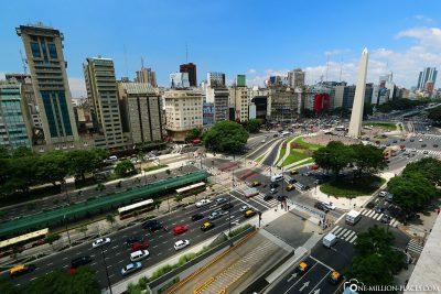 Die Avenido 9 de Julio in Buenos Aires