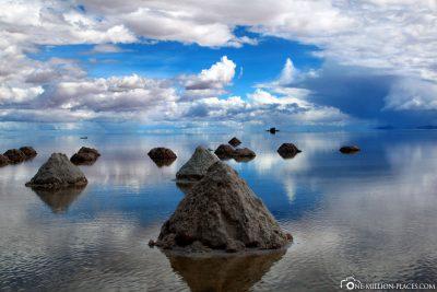 Small salt mountains