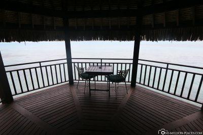 The balcony of Island Luxury Lodge