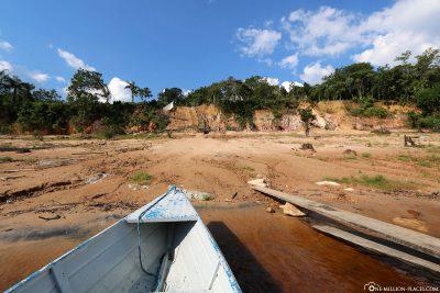 Indianerdorf am Ufer des Rio Negro