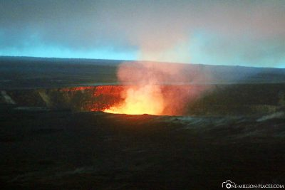 The glow of Halema'uma'u Crater