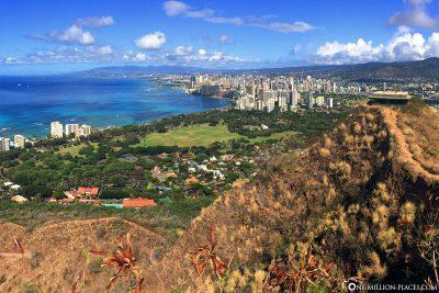 Der Ausblick vom Lookout Point auf Waikiki