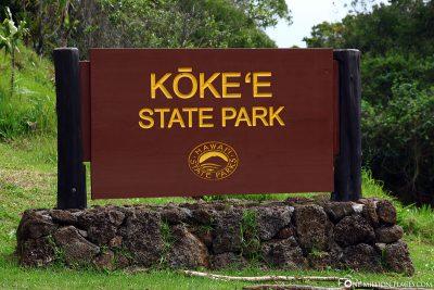 Der Eingang zum Kokee State Park
