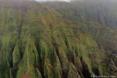 The green slopes of the Napali coast