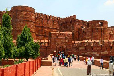 Der Eingang zum Roten Ford in Agra