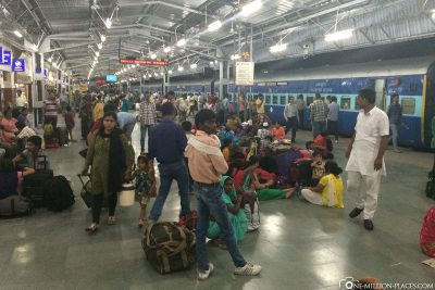 The train station in Agra