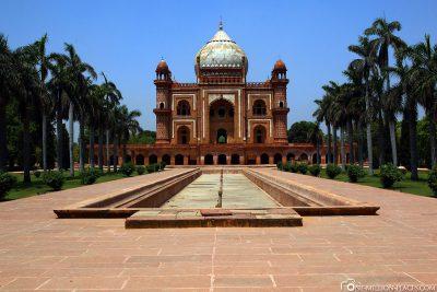 The Safdarjung Mausoleum