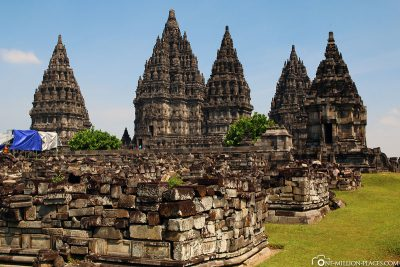 Die Hauptgruppe der Tempel von Prambanan