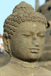 Die Buddha Statue