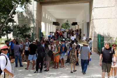 Der Ansturm der Touristengruppen