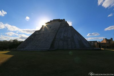 The Adivino Pyramid in the Backlight