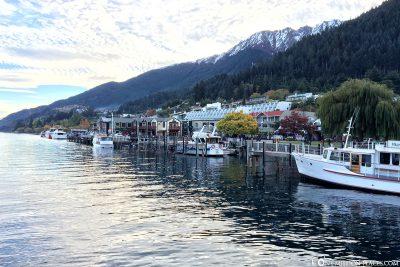 Die Lage der Stadt am See