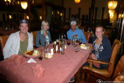 Abendessen in der Lodge