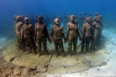 Tauchen am Unterwasser-Skulpturenpark