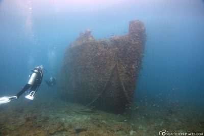 At the bow of the wreck