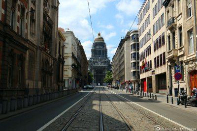Die Rue de la Régence zum Justizpalast