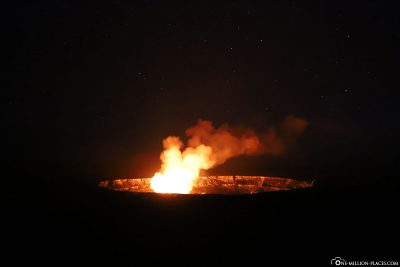 The glow of the lava in the Halema'uma'u crater at night