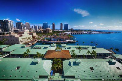 Blick auf den Aloha Tower Marketplace