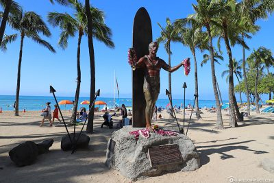 The statue of Duke Kahanamoku