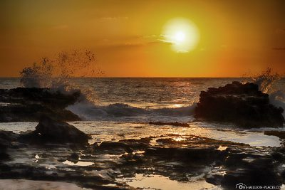 A perfect sunrise on Oahu