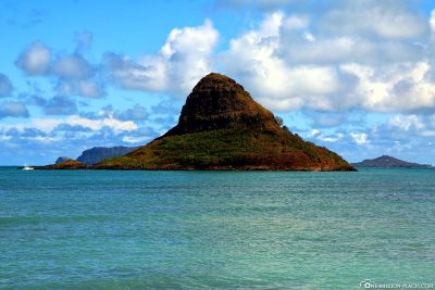 The island of Mokoli'i - Chinaman's Hat