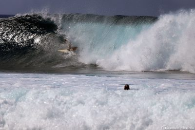 The Banzai Pipeline on the North Shore
