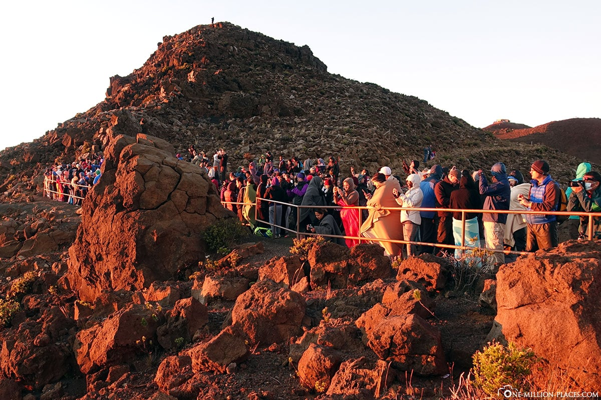 Volle Aussichtspalttform, Haleakala, Sonnenaufgang, Haleakala Nationalpark, Maui, Hawaii, USA, Reisebericht