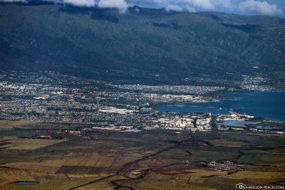 Blick vom Haleakala auf Kahului