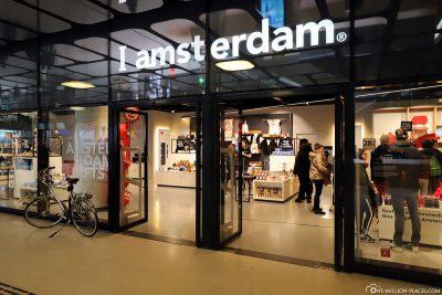 Der I amsterdam Laden am Hauptbahnhof