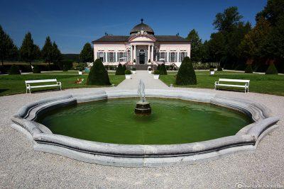 Pen park with garden pavilion