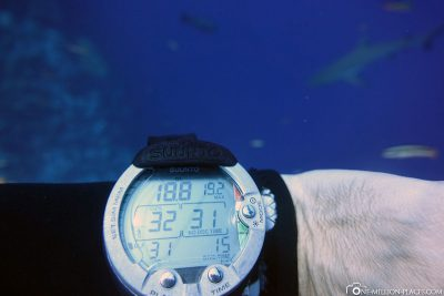 Diving depth of about 18 meters