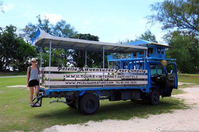 Der Truck von Peleliu Adventures