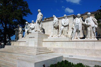 The Kossuth Monument