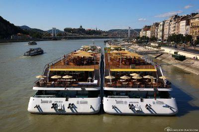 2 A-ROSA ships in Budapest