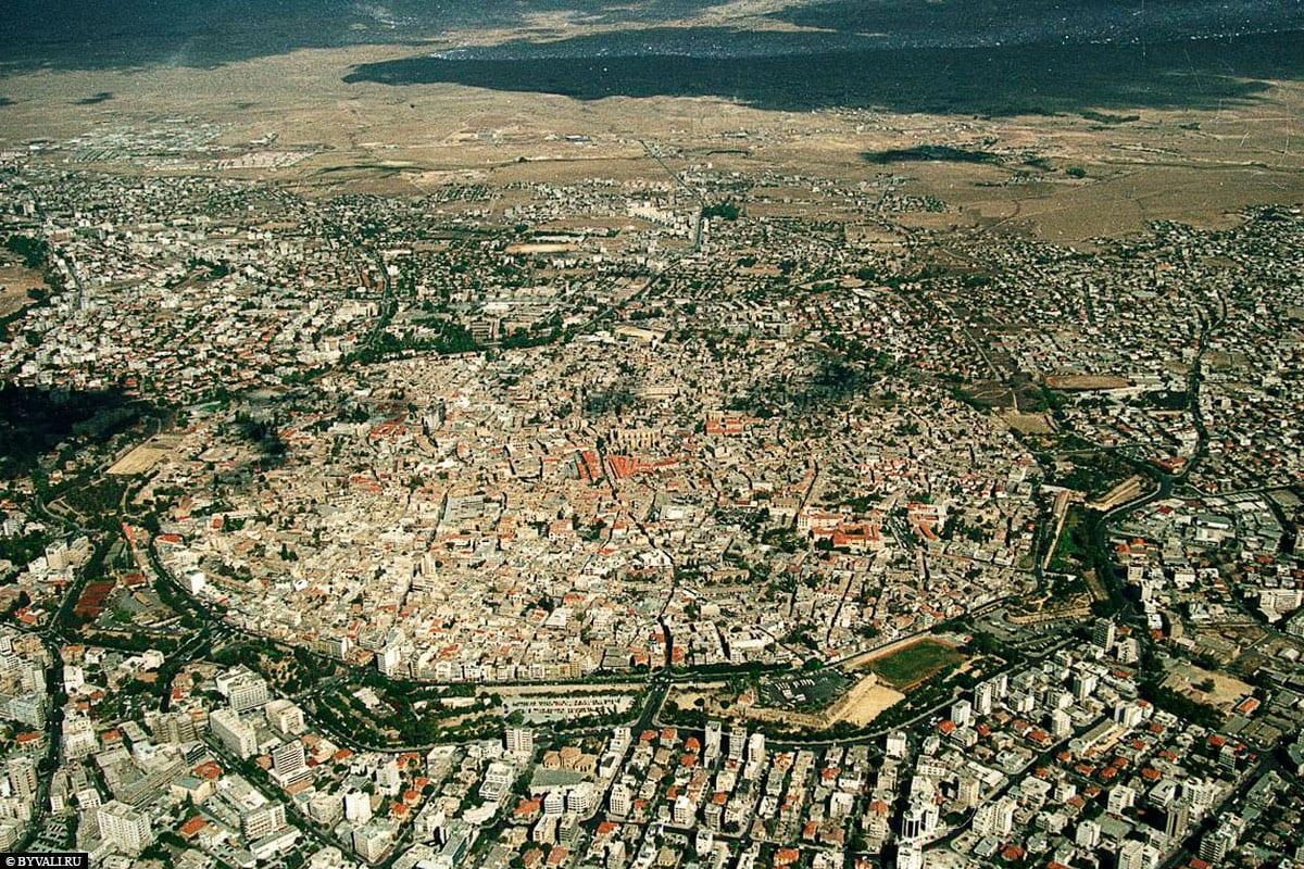 Nikosia, Luftaufnahme, Reisebericht