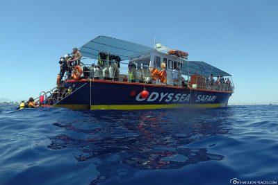 Zurück zum Tauchschiff