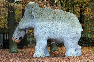 Ein Mammut in der Dinoworld