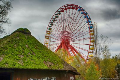 The Ferris wheel in Spreepark Berlin