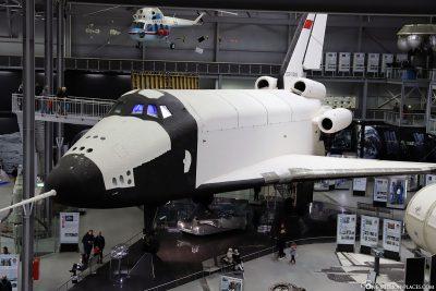 The Russian space shuttle Buran 002
