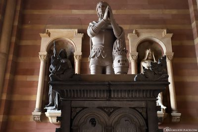 Statues at Speyer Cathedral