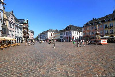 Blick auf den Trierer Hauptmarkt