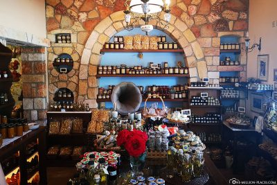 Homemade products in the store Kivotos ton Gefseon